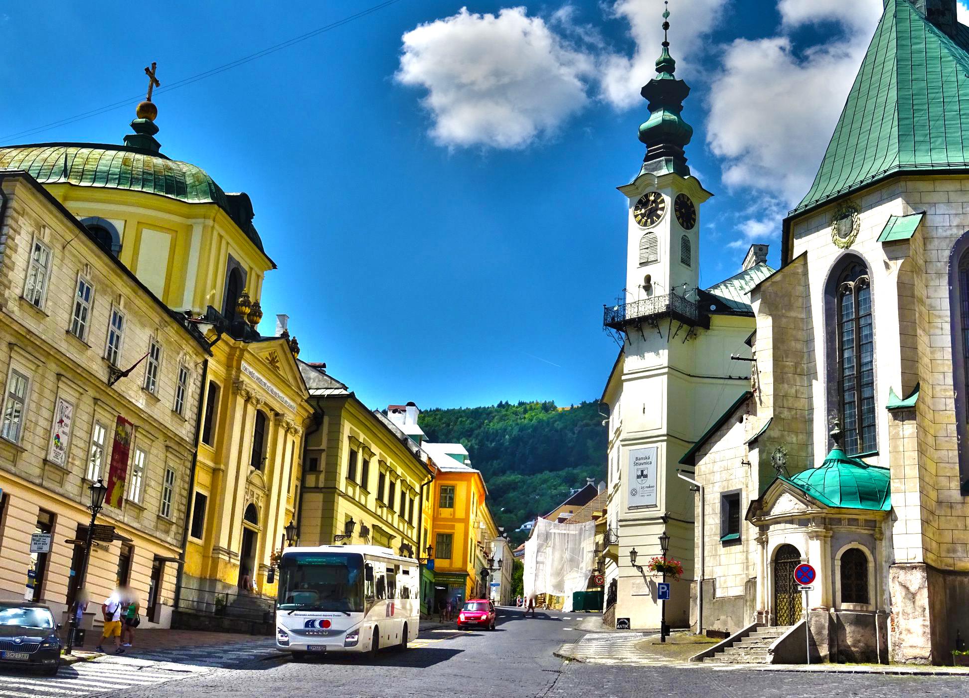 Nové autobusové spoje v okolí Banskej Štiavnice nadchnú nielen turistov